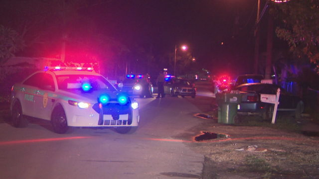 Man, woman shot while sitting in vehicle in southwest Miami-Dade