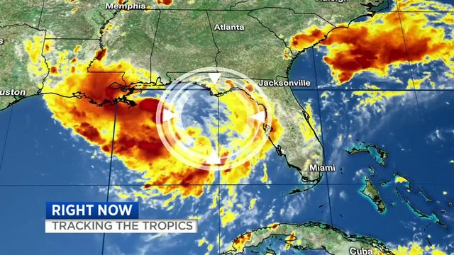 Gulf of Mexico storm approaches Texas, Louisiana
