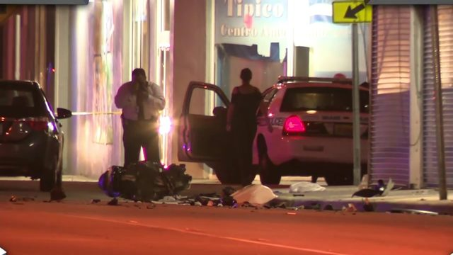 Motorcyclist injured after crashing into 2 cars in Allapattah