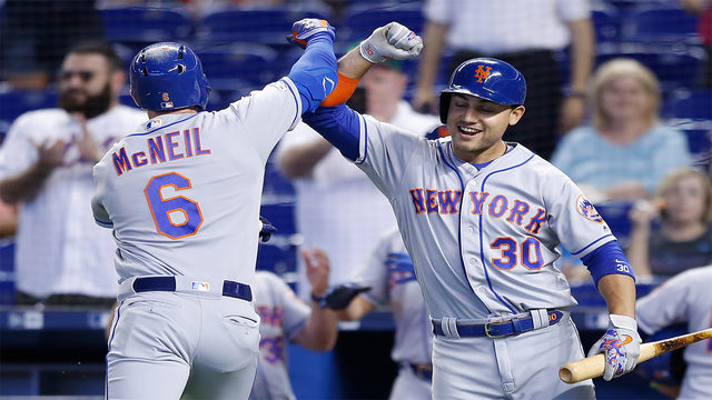Mets win weekend series over Marlins after 6-2 win