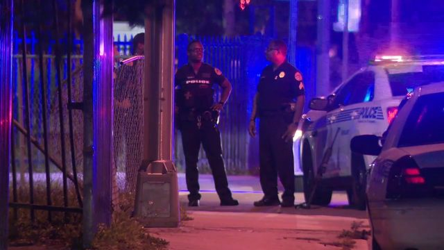 Detectives investigate fatal shooting in Miami
