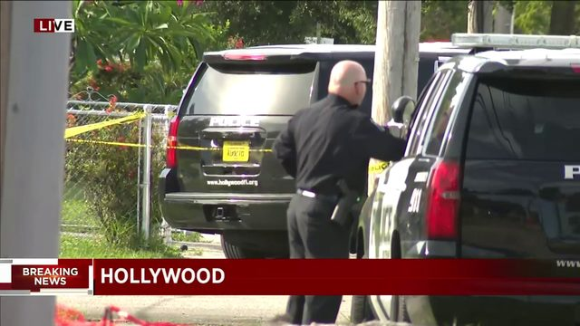Police-involved shooting leaves 1 dead in Hollywood