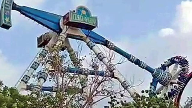 2 dead after pendulum ride breaks at amusement park