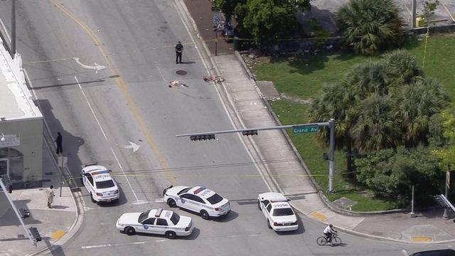 2 men slashed with machete in Miami