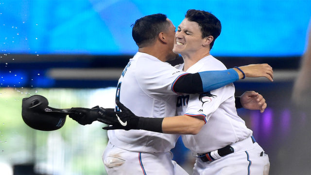 Anderson gives Marlins walk-off win over Padres