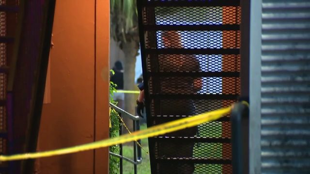 Child, man shot at Lauderhill apartment complex