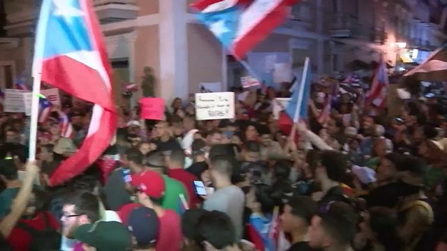 Tensions escalate as thousands take over streets of San Juan for fifth…