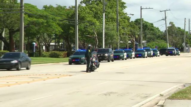 Deputies participate in Sunday morning procession to salute colleague killed