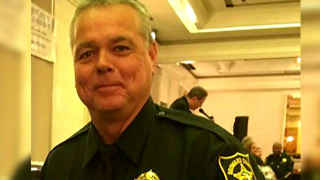 Scot Peterson pleads not guilty to felony charges related to Parkland…