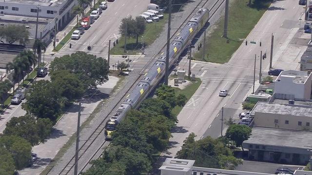 Pedestrian fatally struck by Brightline train in Hollywood