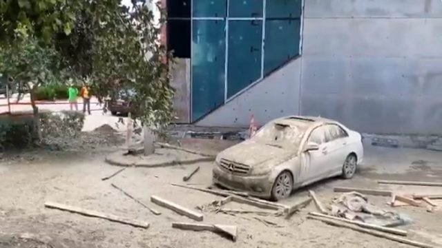 Miami Beach construction accident leaves wet concrete on vehicles