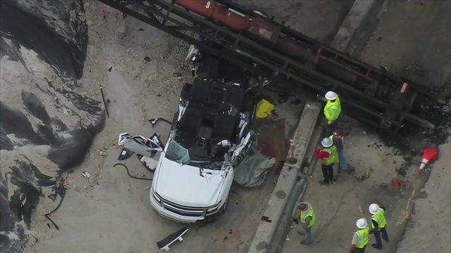 Vehicle crashes into crane in Miramar, killing driver