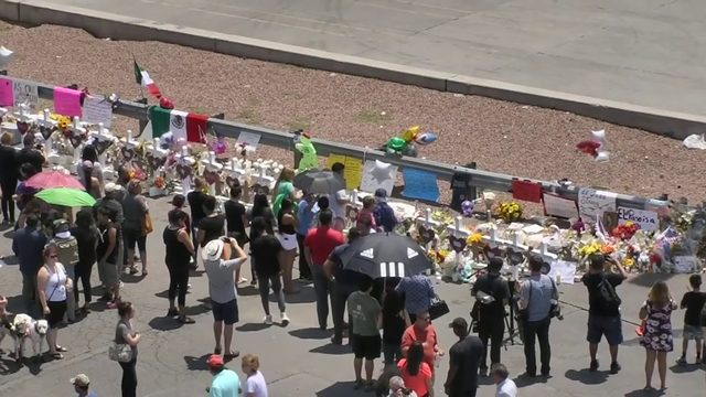 El Paso deaths climb to 22 as mayor prepares for Trump visit