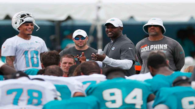 Dolphins defense will have different look under new coach