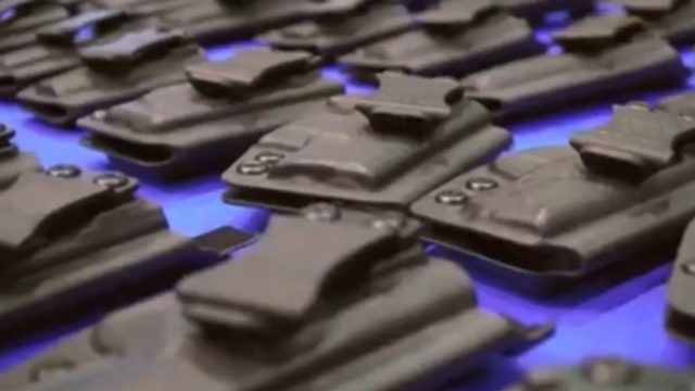 Florida Gun Show goes on in Pembroke Pines despite opposition