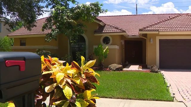 Plantation family scammed by fake homeowner