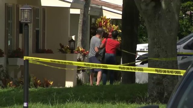 Woman found dead outside home in Fort Lauderdale