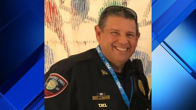 Veteran police officer remains hospitalized after crash in Pembroke Pines