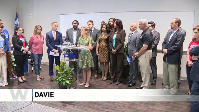 South Florida congresswoman raises call for gun reform
