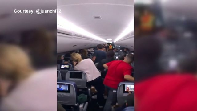 Frustrated passengers stuck on tarmac for hours