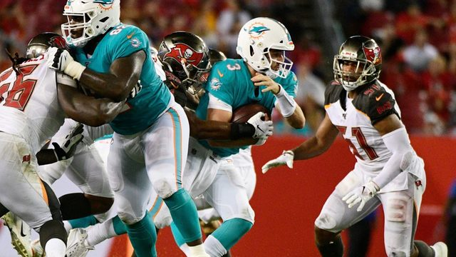 Rosen gets start in 16-14 loss to Buccaneers