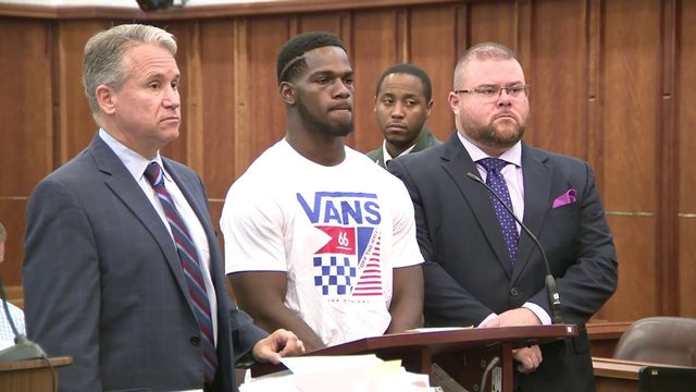 Dolphins running back Mark Walton gets probation for weapons charge