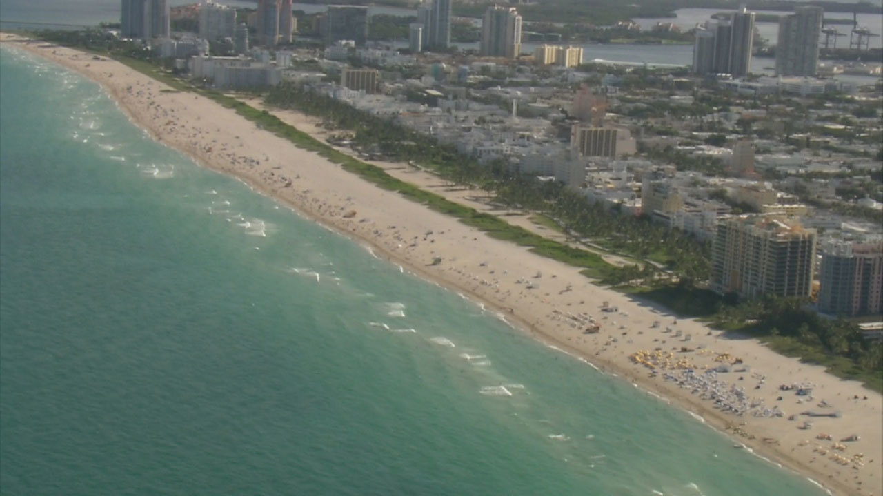 Health department lifts swimming advisory at Miami-Dade beaches