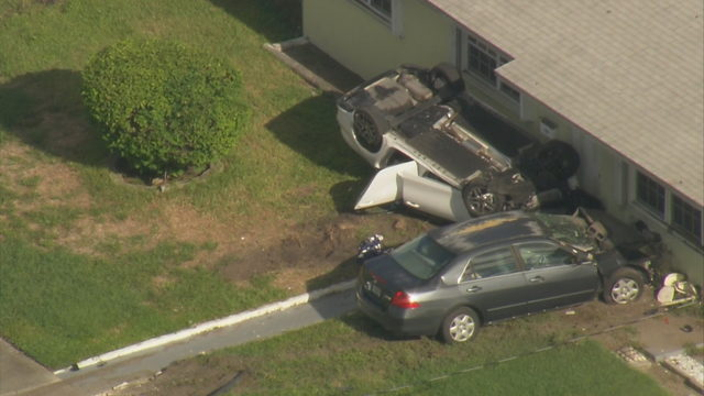 1 injured when car strikes home in Miami Gardens