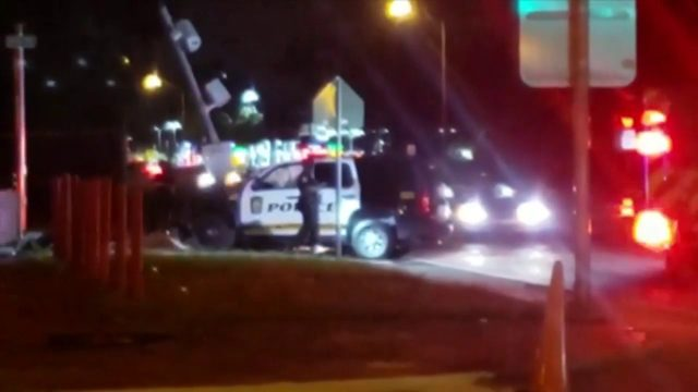2 Miami Gardens police cruisers involved in crashes