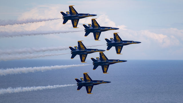 WATCH LIVE: Blue Angels, Thunderbirds perform joint show over Statue of Liberty