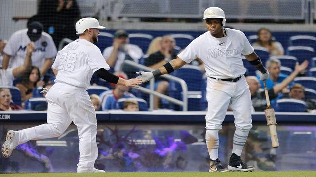 Starlin Castro helps Marlins rally past Phillies