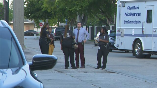 Detectives investigate woman's murder in Miami's Liberty City