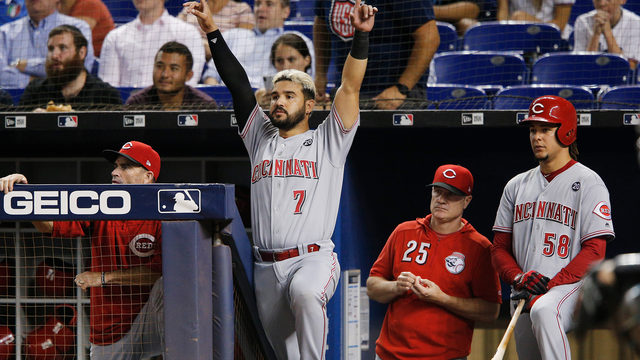 Casali homers, drives in 3 runs as Cincinnati Reds beat Miami Marlins 8-5