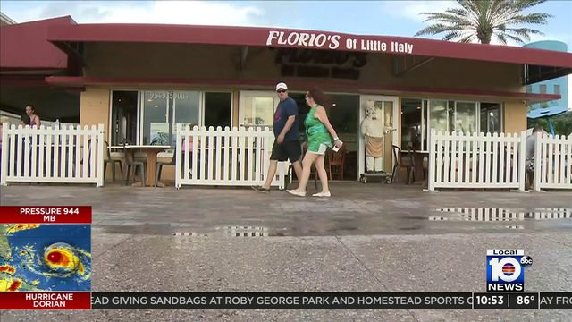 All quiet in Hollywood Beach as tourists, residents wait to see latest…
