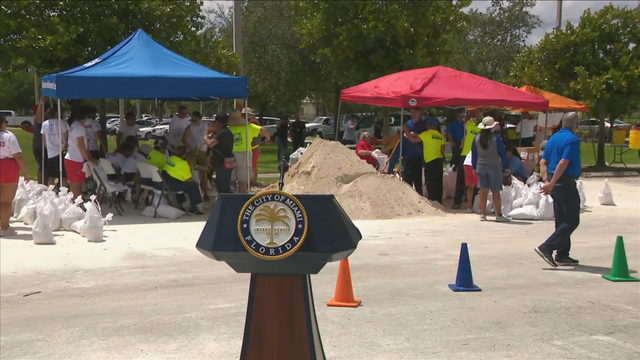 WATCH LIVE: Miami mayor to sign emergency declaration despite Dorian's…