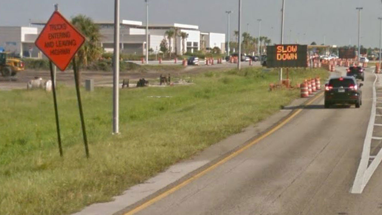 3 service plazas close on Florida Turnpike