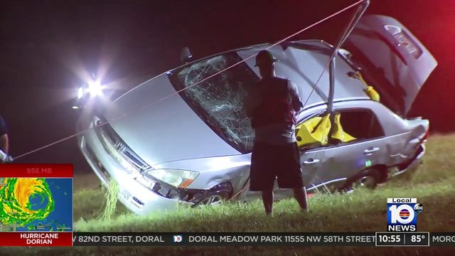 2 dead, one injured after car goes into Coconut Creek canal