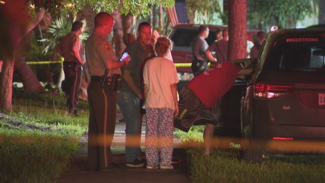 Man killed, another injured in Cutler Bay house fire
