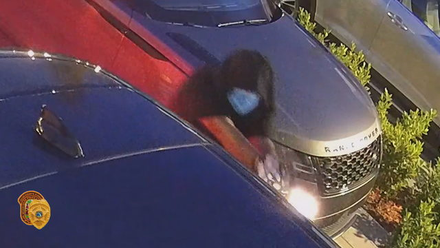 Video shows gunman target Land Rover driver in Kendall