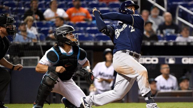 Brewers top Marlins for 4th straight win