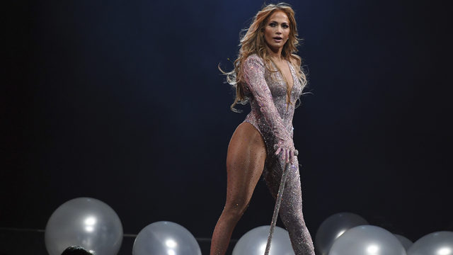 J. Lo in talks to perform at halftime of Miami Super Bowl, report says