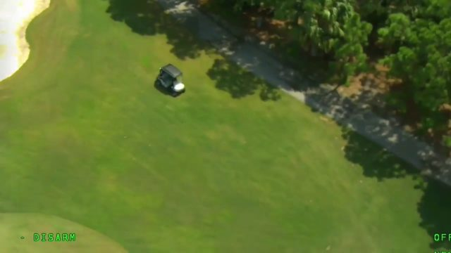Crook leads cops on golf chase on Florida golf course