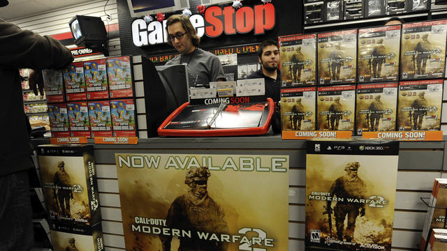 Struggling GameStop to shutter up to 200 stores