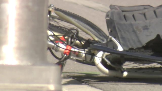 Bicyclist fatally struck by vehicle in Fort Lauderdale