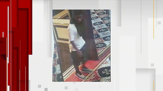 Man tries to assault resident of Miami Beach condo
