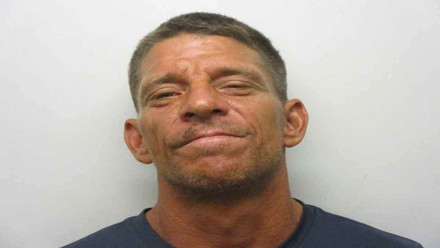 Keys man accused of calling 911, making vulgar comments about deputies