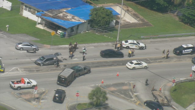 Suspects in custody after bailout in northwest Miami-Dade