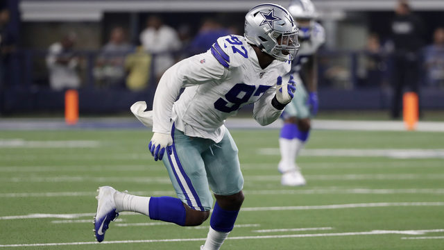 Dolphins claim first-round bust Taco Charlton