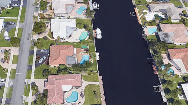 2-year-old boy drowns after falling into Pompano Beach canal