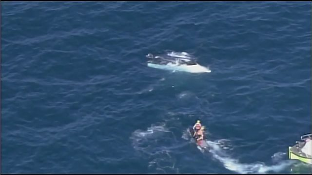 10 boaters rescued after vessel capsizes off Sunny Isles Beach